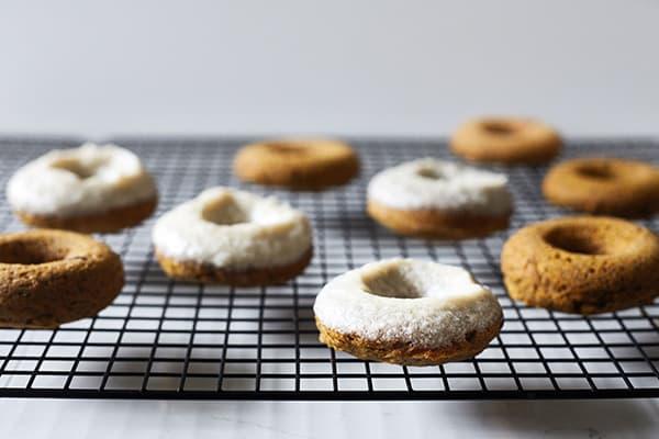 Gluten-Free_Baked_Pumpkin_Donuts_in_post